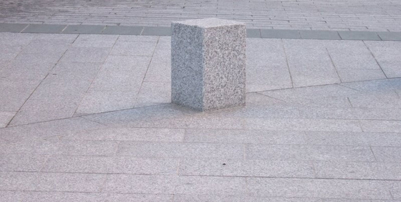 Bollard made wit Tarn granit