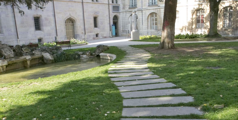 Center of Dijon