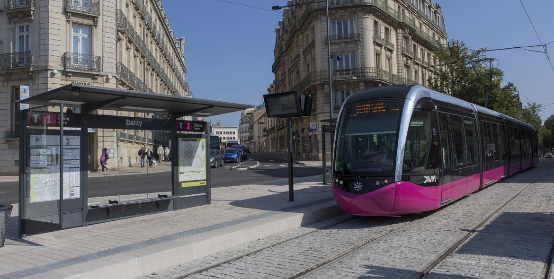 Tramway platforms in Dijon