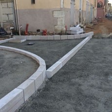 Kerbs and gutters for highways